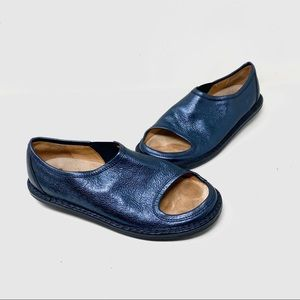 Trippen metallic blue cut out leather loafers 40 9
